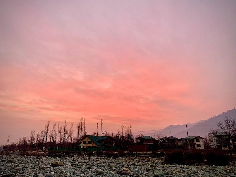 Sunset views near the Lidder river